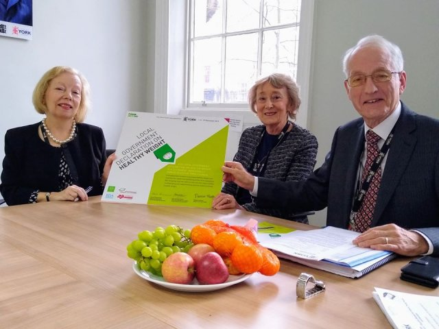 York Councillors sign pledge to tackle obesity